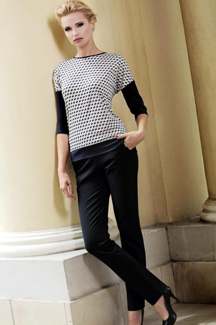 spodnie na gumce eleganckie w kolorze czarnym firmy Jumitex