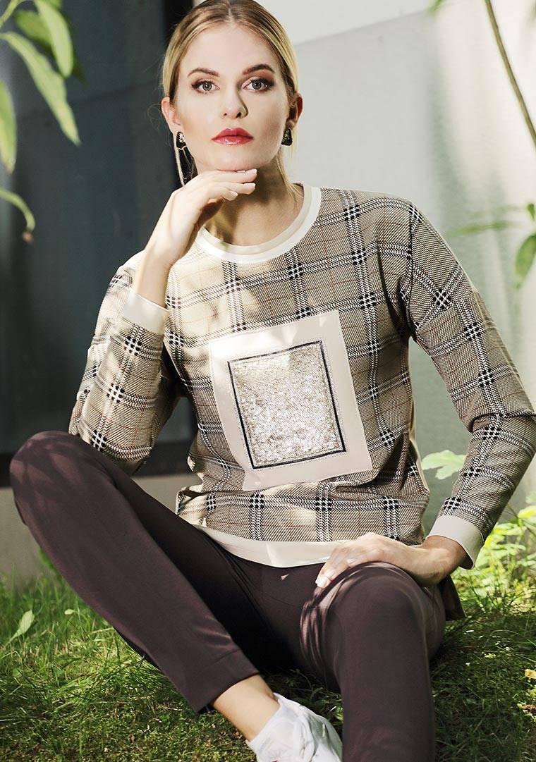 1137 Jumitex bluza w kratę brązowa z cekinami