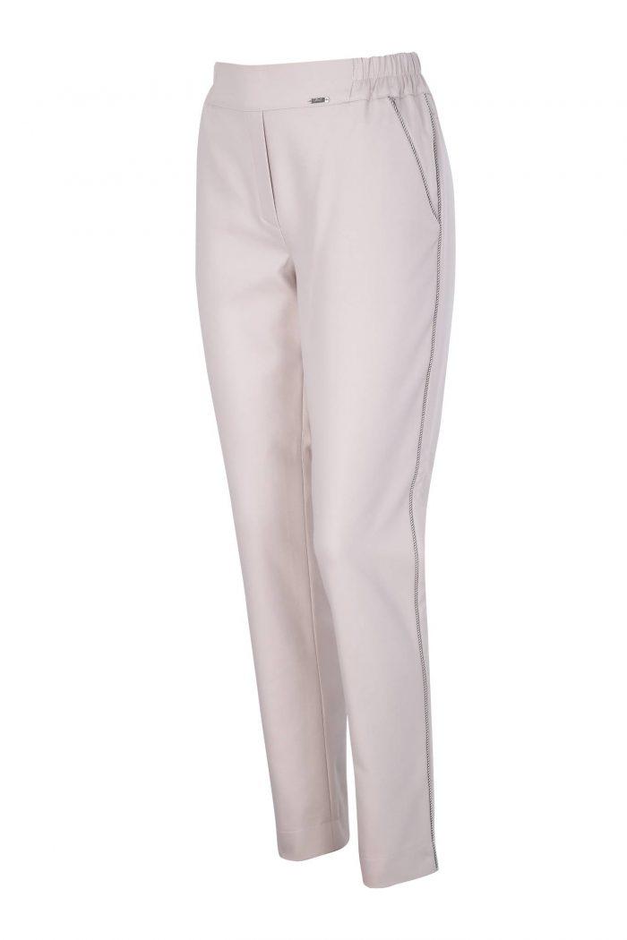 beżowe eleganckie spodnie z kieszeniami