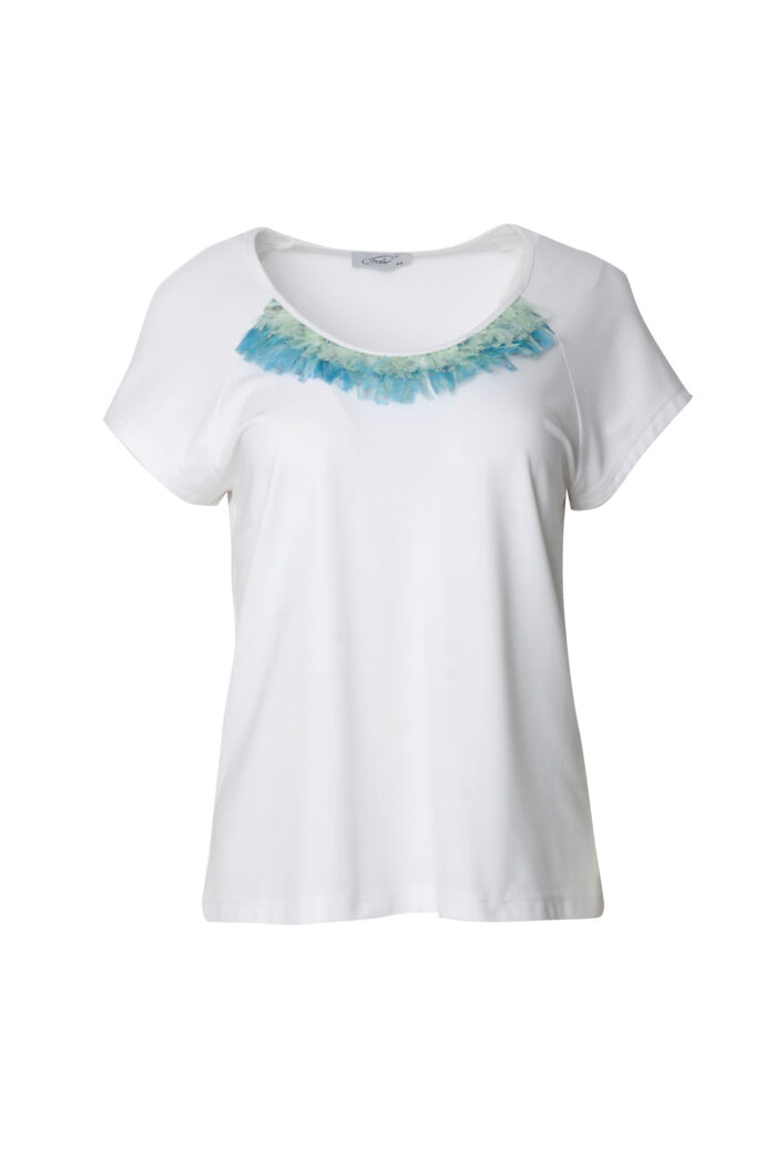 biała bluzka z tiulem polskiej produkcji